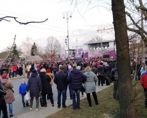 Зіткнення активістів і поліції у Черкасах: з'явилися нові подробиці і дані про постраждалих