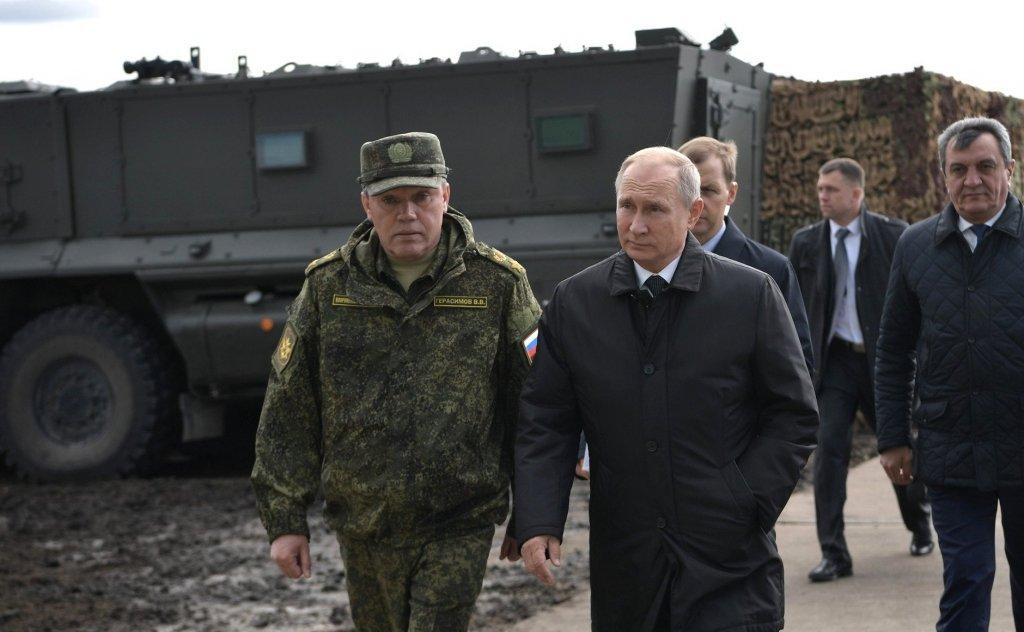Росія готується воювати в Україні та може атакувати три країни НАТО – військовий експерт