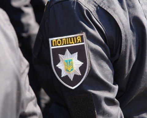 Під Києвом напали на поліцейських: з'явились фото з місця НП