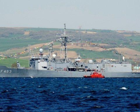 Корабли НАТО вошли в Черное море: появилась реакция РФ