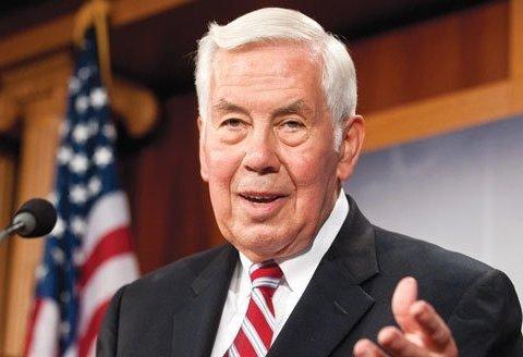 Помер колишній сенатор США, який зіграв важливу роль в ядерному роззброєнні України