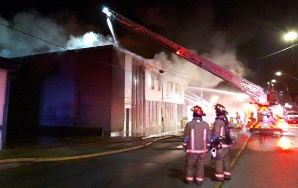 У Канаді сталася масштабна пожежа в Українському культурному центрі: фото та подробиці