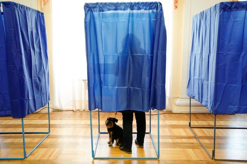 Як проходили вибори президента-2019: у ЦВК повідомили про бійку на дільниці та інші курйози