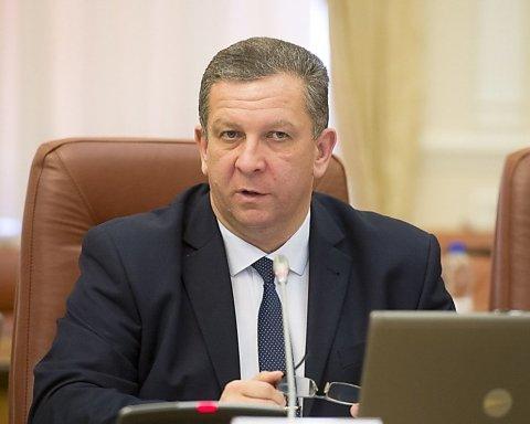 Власти рассказали, каким украинцам на Донбассе нельзя платить пенсии