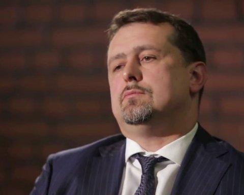 Порошенко підписав указ про звільнення скандального топ-чиновника Семочка
