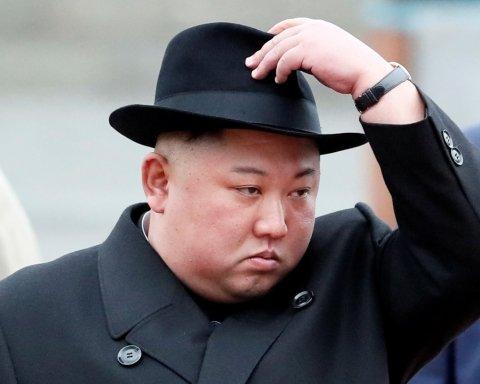 """Це двійник: у """"воскресінні"""" Кім Чен Ина помітили дивну деталь"""