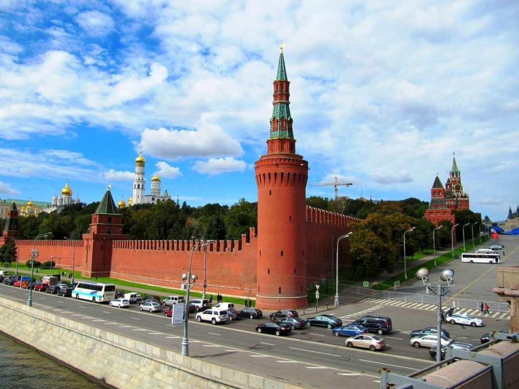 """Спікер Путіна назвав Україну недружним """"проектом західних країн"""""""