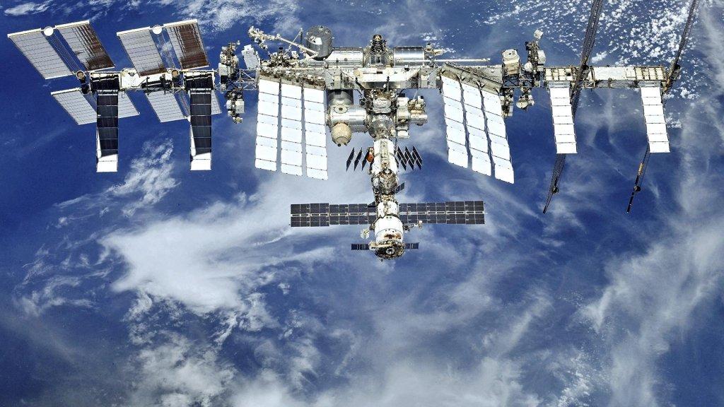 США ищут туристов для полета на МКС: в России напуганы