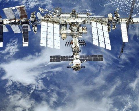 США шукають туристів для польоту на МКС: в Росії налякані