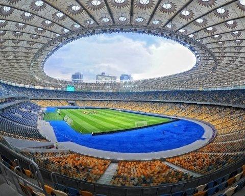 """Дебати Зеленського і Порошенка: до НСК """"Олімпійський"""" почали стягувати силовиків"""