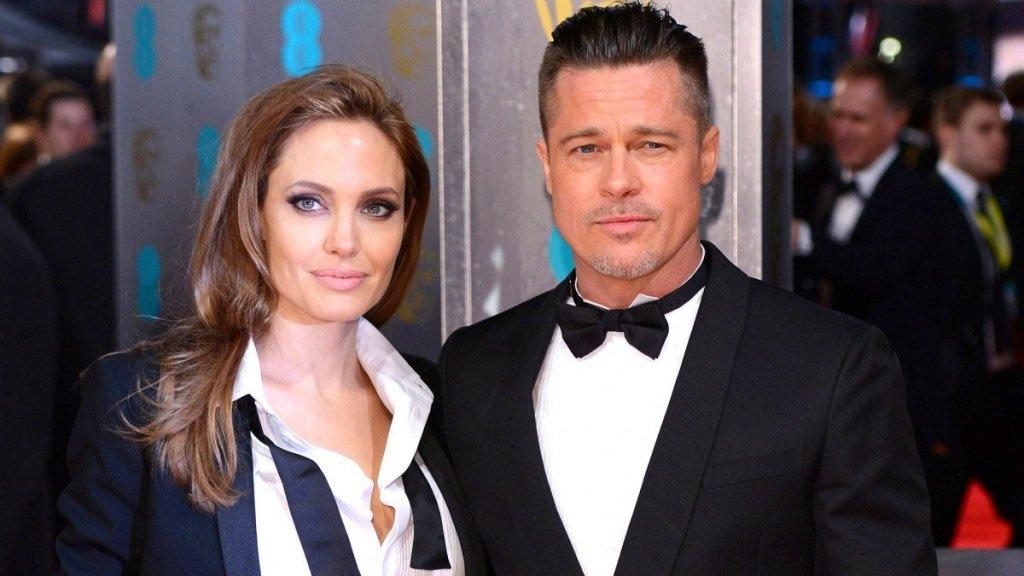 Анджеліна Джолі і Бред Пітт розлучилися офіційно