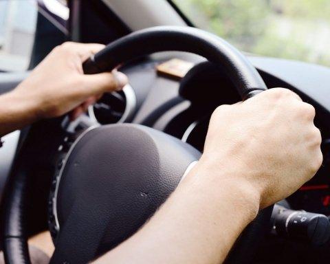 Украинские водители будут получать права по новым правилам: что нужно знать