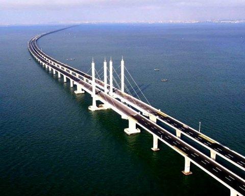 Никому не нужен: появилось свежее фото путинского моста в Крым