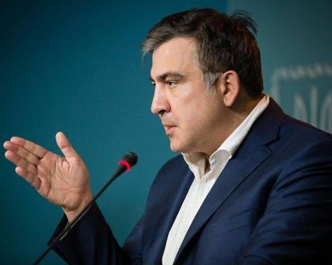 Саакашвили неожиданно обратился к Порошенко и выдвинул жесткое условие