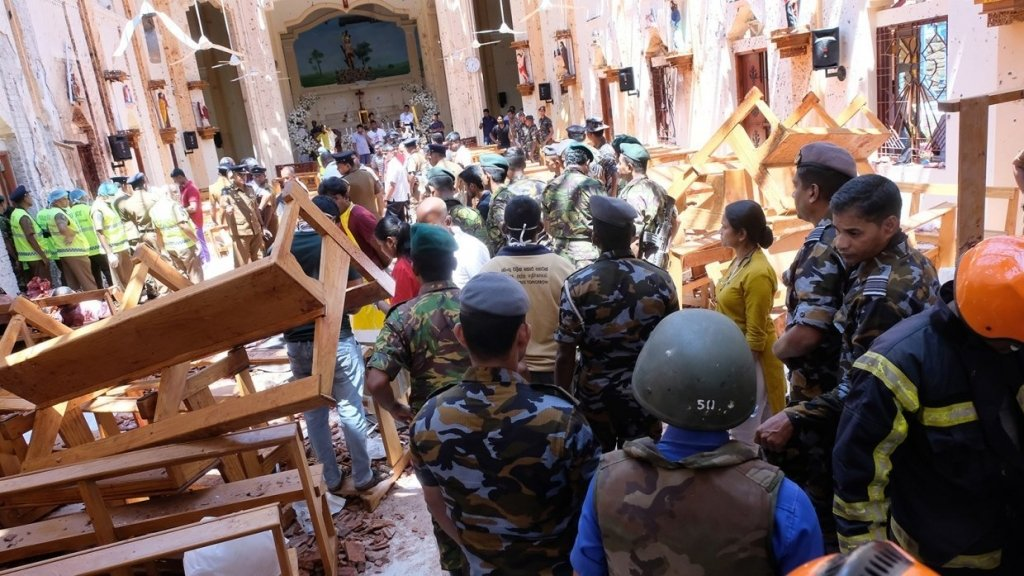 Теракти на Шрі-Ланці: момент одного з вибухів потрапив на відео