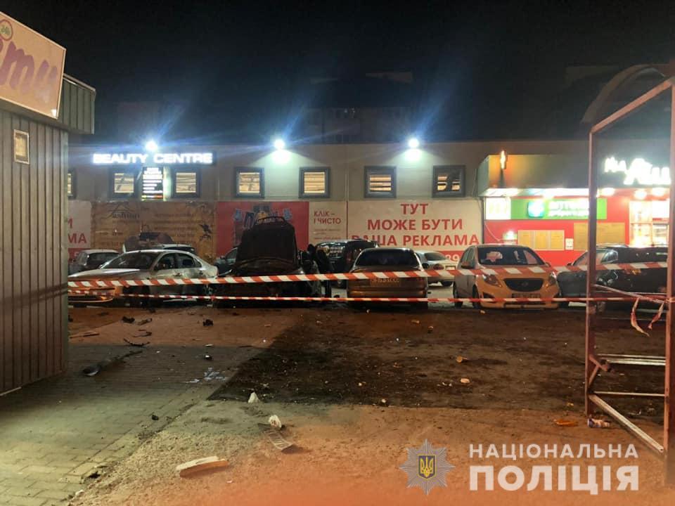 У Києві пролунав потужний вибух, є постраждалий: подробиці та кадри з місця НП