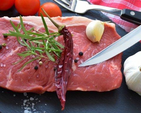 Медики назвали безопасную норму употребления мяса, которая не повредит здоровью