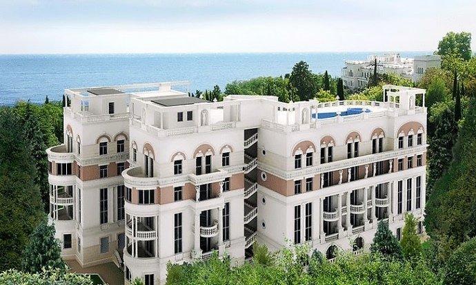 У Путіна висунули ультиматум Зеленському через квартиру в окупованому Криму
