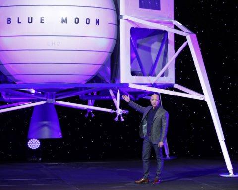 В Amazon показали корабль для полетов на Луну: уникальное видео