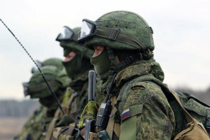 Кремль масово відправляє до Криму солдатів: занепокоєні навіть прихильники РФ