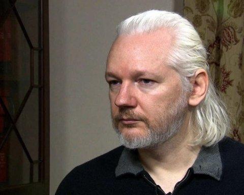 Суд виніс вирок Ассанжу: як покарали засновника WikiLeaks