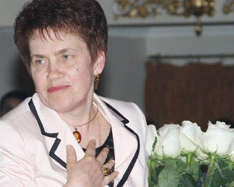 Жену Януковича зовут на оккупированный Донбасс: появились интересные слухи