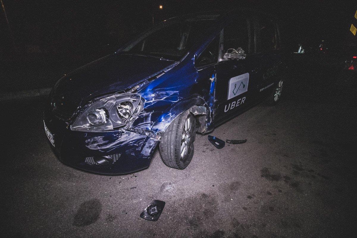 У Києві п'яний таксист скоїв серйозну ДТП: з'явились фото та відео