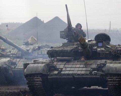В окупованому Луганську побачили важке озброєння бойовиків: що намічається