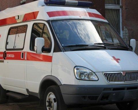 Ударил по голове топором: в российской школе произошло кровавое ЧП