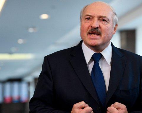 Лукашенко вимагає від Путіна шалених грошей: що відбувається