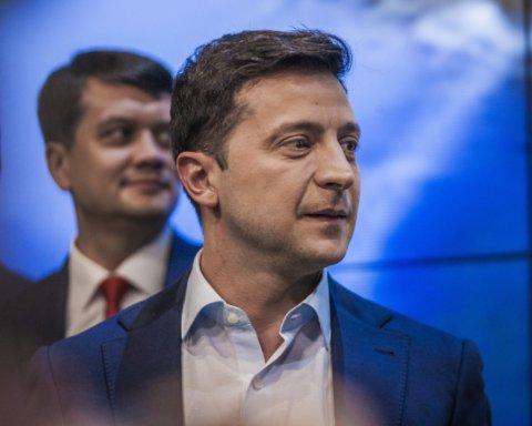 Кілька ходів: Зеленський розповів, яку відповідь готує на видачу паспортів РФ мешканцям Донбасу