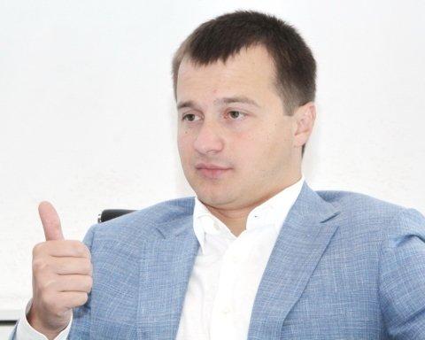 Стало известно, кто возглавит избирательный штаб Порошенко на выборах в Раду