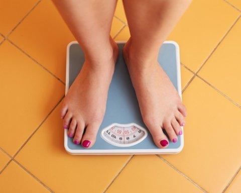 Ніяких дієт та занять спортом: названо п'ять способів швидко схуднути