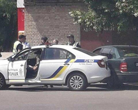 Под Киевом произошла серьезная ДТП с участием полиции: очевидцы показали фото