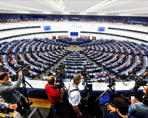Европарламент выступил против России ради Украины: что произошло