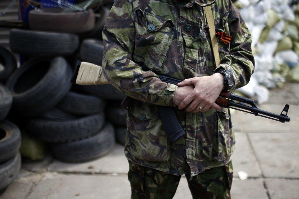 В сети появилось видео, как горела позиция боевиков «ДНР» на Донбассе