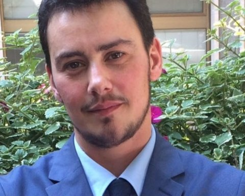 В Італії обрали першого мера-трансгендера: що про нього відомо