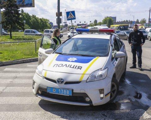 Загинули військові: у Києві сталася смертельна ДТП із вантажівкою