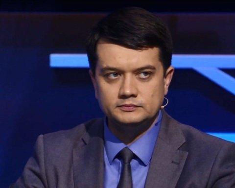 У Зеленського зробили гучну заяву про третій Майдан