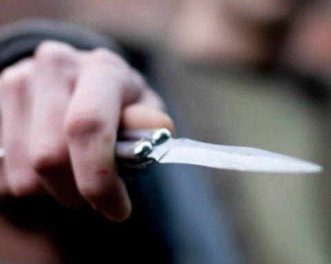 На окупованому Донбасі жорстоко вбили жінку: моторошні подробиці