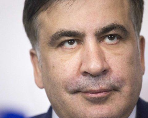 Зеленський повернув українське громадянство Саакашвілі: з'явилась його реакція