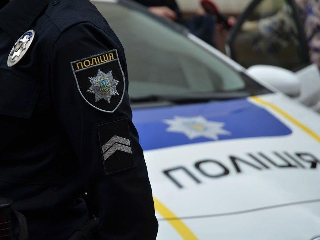 У Києві чоловік викрав авто з поліцейським у салоні: опубліковано фото і відео