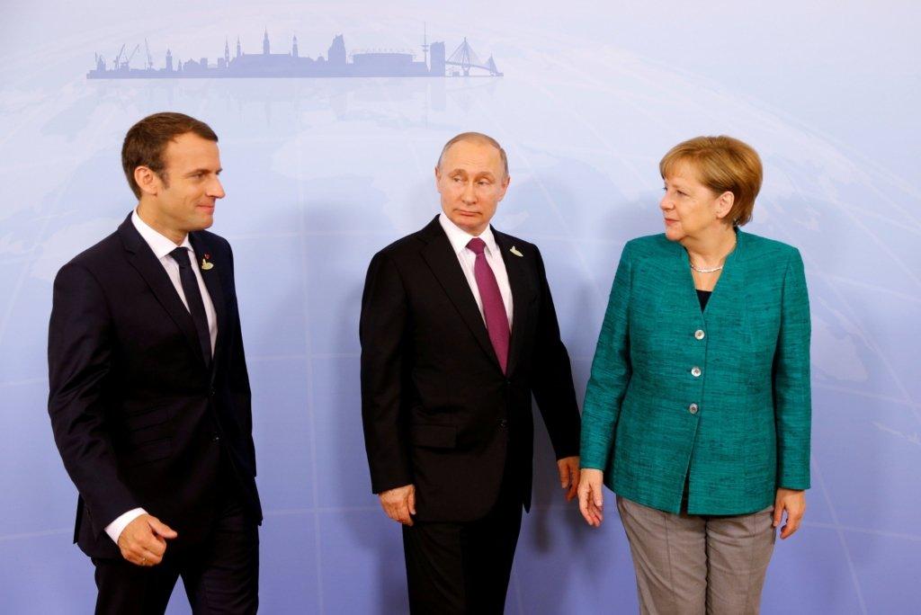 Путін, Меркель та Макрон провели переговори без України: перші подробиці