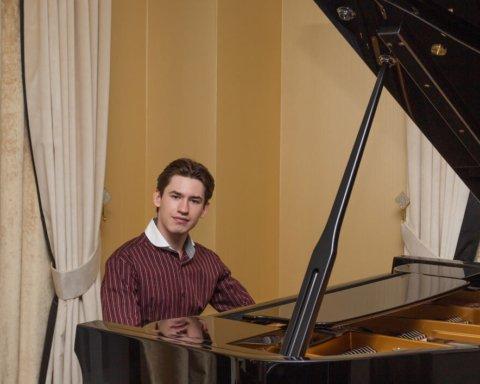 Молодий український музикант підкорив США: яскраве відео