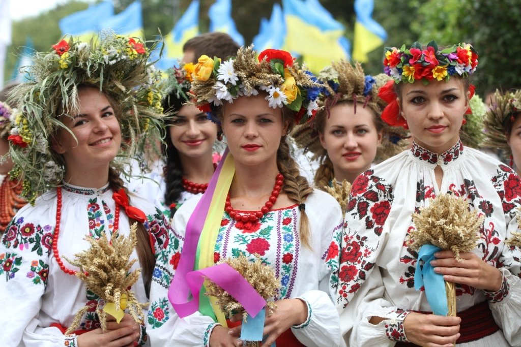 День вышиванки: как украинцев поздравляли во всем мире