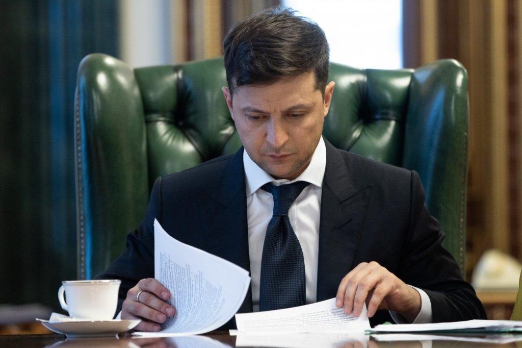 Зеленський звільнив двох голів РДА у Києві та призначив заступника секретаря РНБО