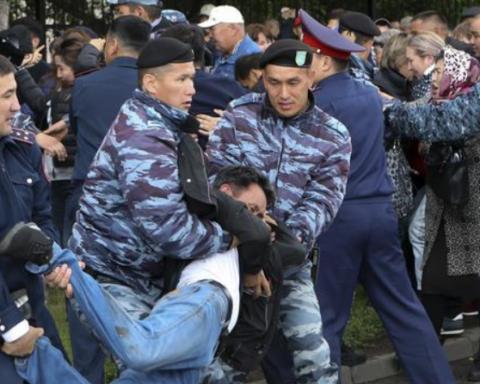 Вибори у Казахстані: затримано сотні людей