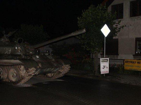 Пьяный поляк проехался по городу на российском танке