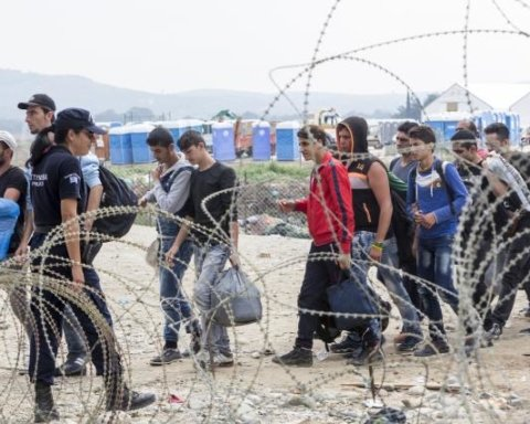 Евросоюз собирается приостановить безвиз: кому не повезет