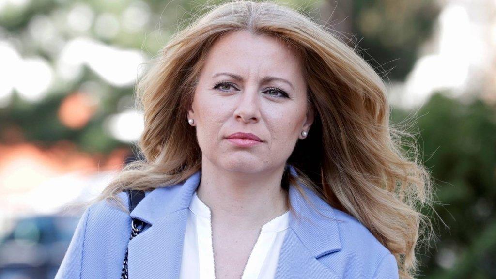 Впервые в истории: президент Словакии принял присягу